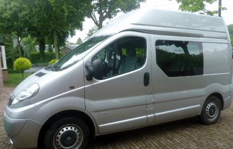 ALSopdeweg! - Opel Vivaro verhoogd