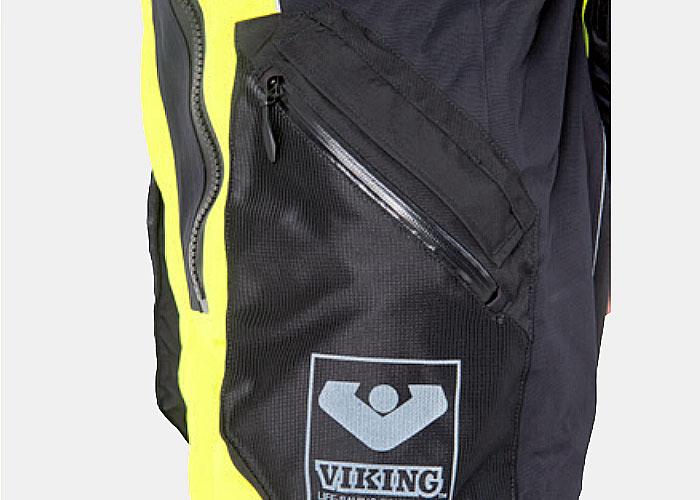 Stichting ALS op de weg neemt Viking pakken in gebruik voor Amsterdam City swim