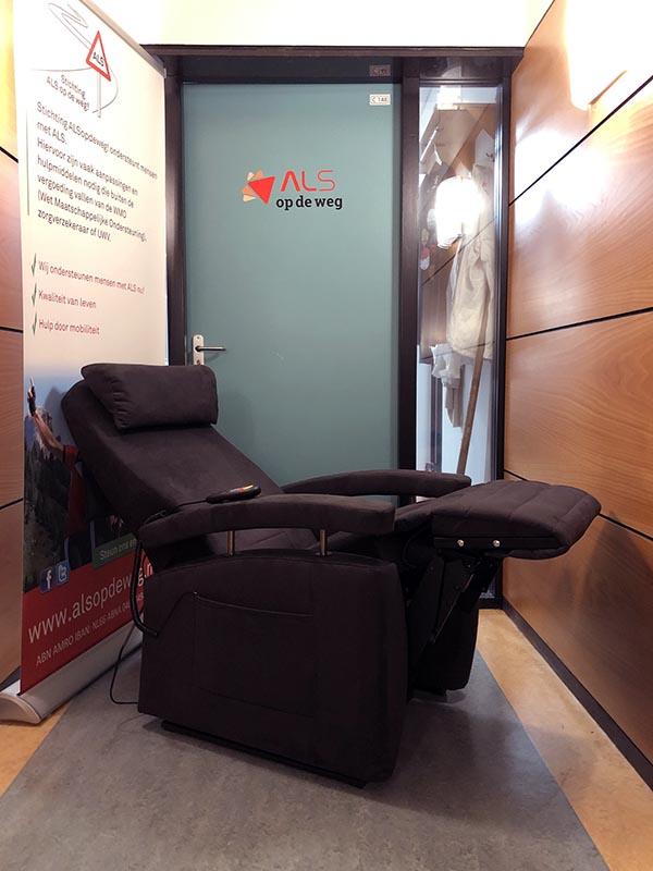 Stichting ALS op de weg - Vario Fitform sta-op stoel
