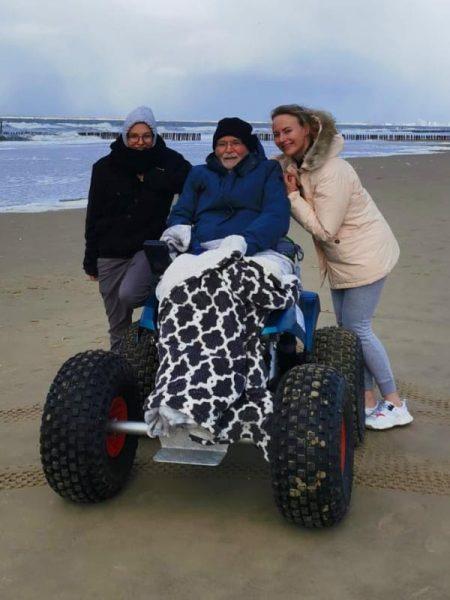 ALS op de weg - Strand Zeeland - Tom